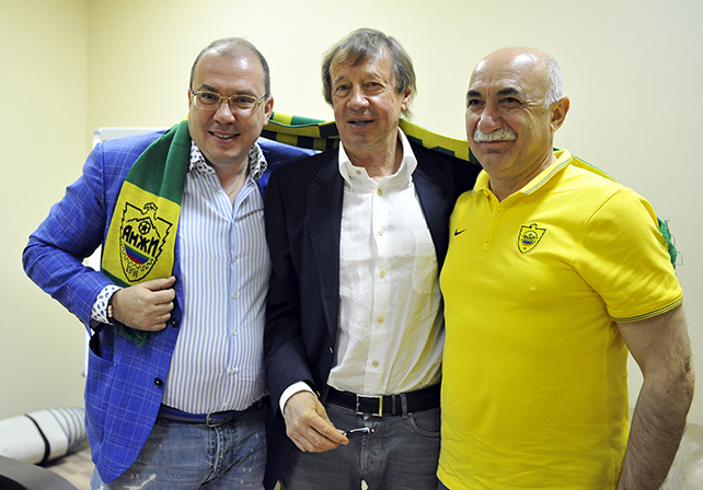 Yuri Semin – Guiding Anzhi Makhachkala's New Project