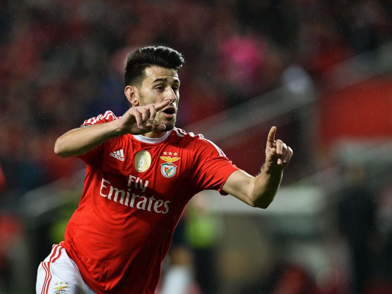 Benfica's forward Luis Fernandes 'Pizzi' celebrates after scoring during the Portuguese league football match (PATRICIA DE MELO MOREIRA/AFP/Getty Images)