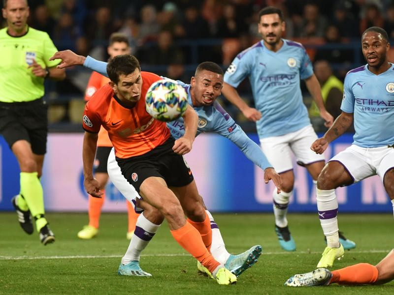 Shakhtar Donetsk's Ukrainian midfielder Taras Stepanenko and Manchester City's Brazilian striker Gabriel Jesus vie for the ball during the UEFA Champions League Group C football match between FC Shakhtar Donetsk and Manchester City FC at the OSK Metalist stadium in Kharkiv on September 18, 2019. (Photo by Genya SAVILOV / AFP)