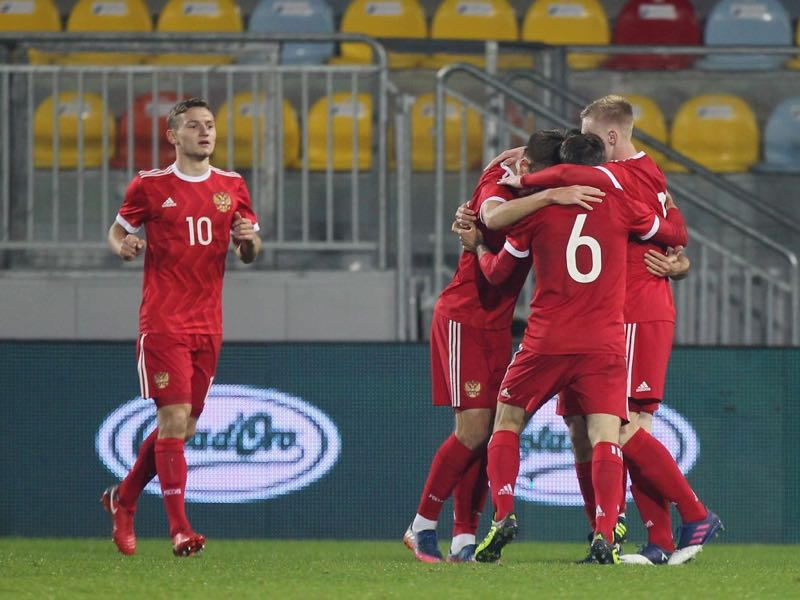 Bakaev Zelimkhan with his teammates of Russia U21 celebrates the team's second goal during the international friendly match between Italy U21 and Russia U21 on November 14, 2017 in Frosinone, Italy. (Photo by Paolo Bruno/Getty Images)