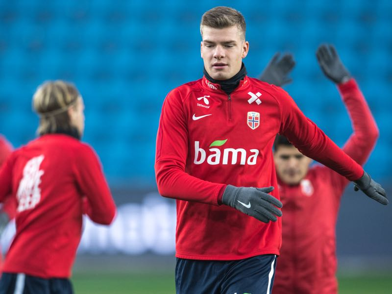 Alexander Sorloth of Norway during training before the UEFA Nations League C group three match between Norway and Bulgaria at Ullevaal Stadion on October 15, 2018 in Oslo, Norway. (Photo by Trond Tandberg/Getty Images)