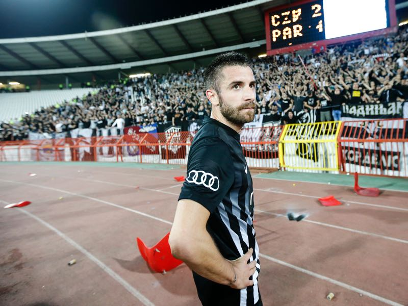 Zoran Tosic of Partizan looks dejected after the Serbian Super League Play Off match at the stadium Rajko Mitic on April 14, 2018 in Belgrade, Serbia. (Photo by Srdjan Stevanovic/Getty Images)